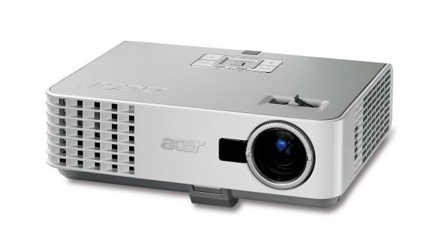 Acer P3251 3D (EY.K2301.001) - Achat / Vente Vidéoprojecteur sur Cybertek.fr - 0