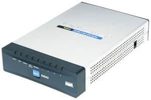 Cisco RV042 Dual WAN VPN Router (RV042-EU) - Achat / Vente Routeur sur Cybertek.fr - 0