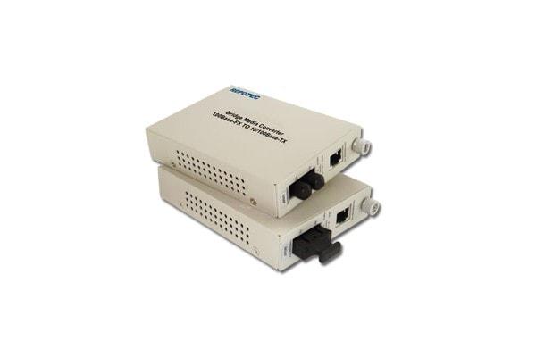 No Name Convertisseur fibre optique/RJ45 - 100FX SC Monomode (895730) - Achat / Vente Réseau divers sur Cybertek.fr - 1